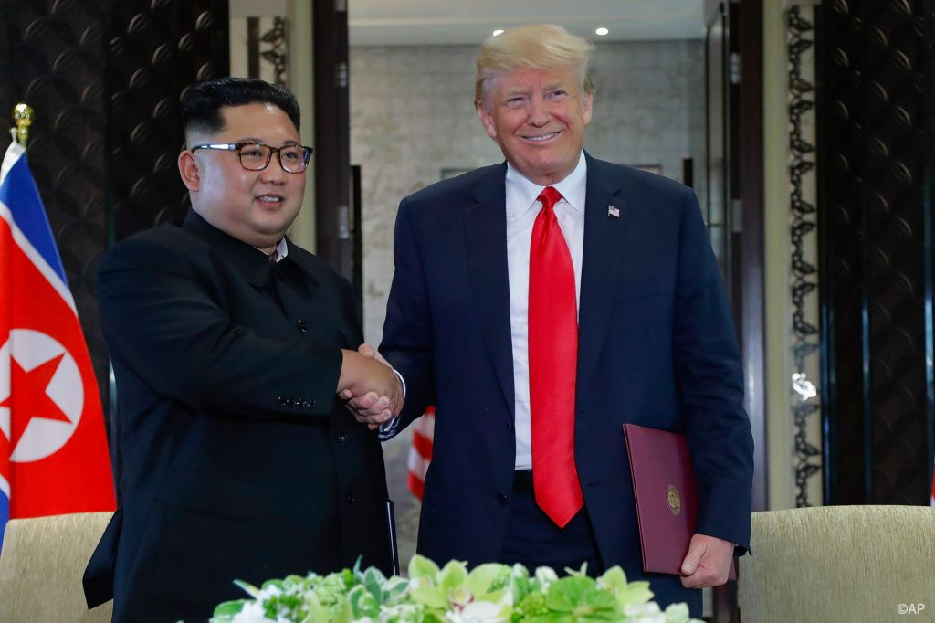 Trump-Kim-min